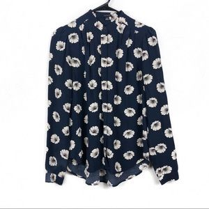 Ann Taylor New Navy And Cream Floral Button Up Top